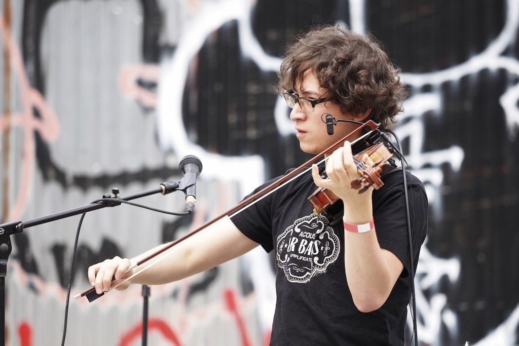 Playing solo in June at Bushwick Open Studios in Brooklyn. Photo by Michael Yu.